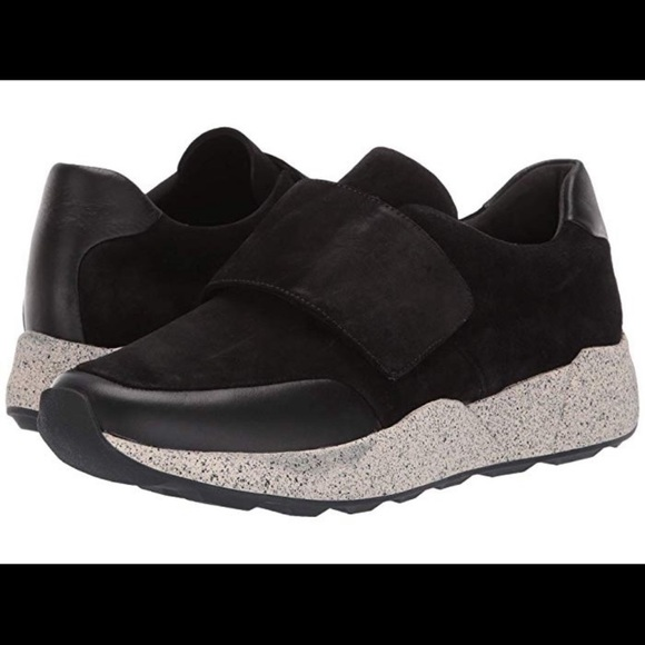 Vince Shoes | Nwt Gage Sneaker Size 6